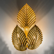 Palm wall light - detail