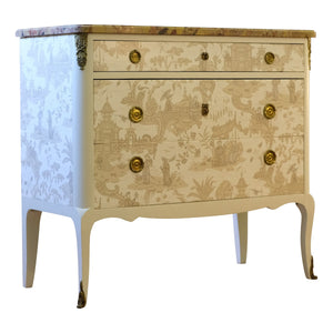 Chinoiserie Chest (DaVinci)