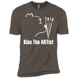 Kiss The Artist  Premium Short Sleeve T-Shirt