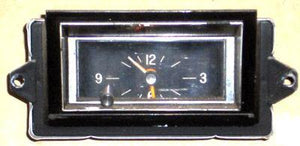 DASH CLOCK, 73-6 CU 442, USED, ANALOG