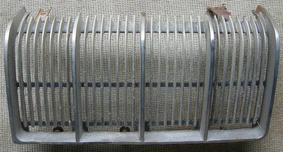 FRONT GRILL LH 72 TORONADOUSED