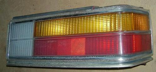 TAIL LIGHT ASSEMBLY, RH, USED