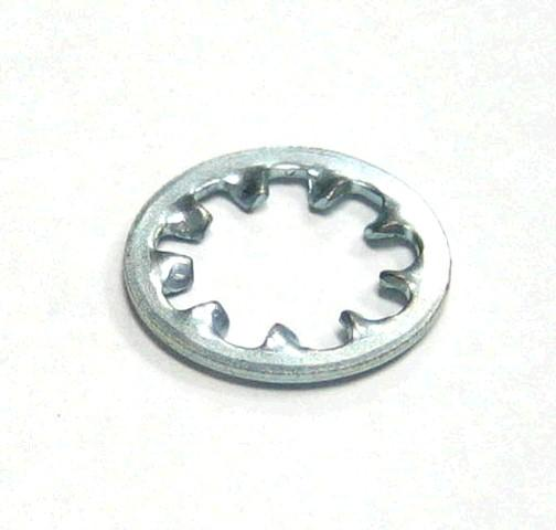 HEADLITE BEZEL RH 73 CS   USEDSUPREME ONLY CAST 413854