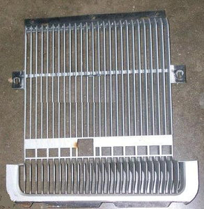 FRONT GRILL, RH, 74 CS, USED, SUPREME, CAST# 414324