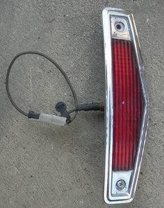 REAR MARKER LIGHT ASSEMBLY, LH, 68 DV FW, USED