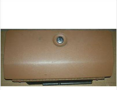 DASH GLOVE BOX DOOR, 78-87 RE GN, USED
