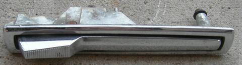 OUTSIDE DOOR HANDLE,USED, 69-72 GRAND PRIX