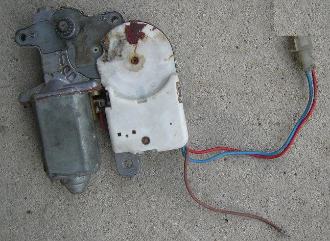 SUNROOF MOTOR, 78-88 A-BODY G-BODY, FOR FACTORY SUNROOF, USED
