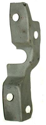 FENDER TO RADIATOR SUPPORT BRACKET, RH, 70 CH EL, MOUNTS FRONT ON SIDE, USED