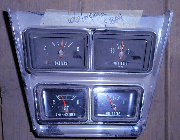 CONSOLE GAUGES SET, USED, MOUNTS BETWEEN DASH & CONSOLE