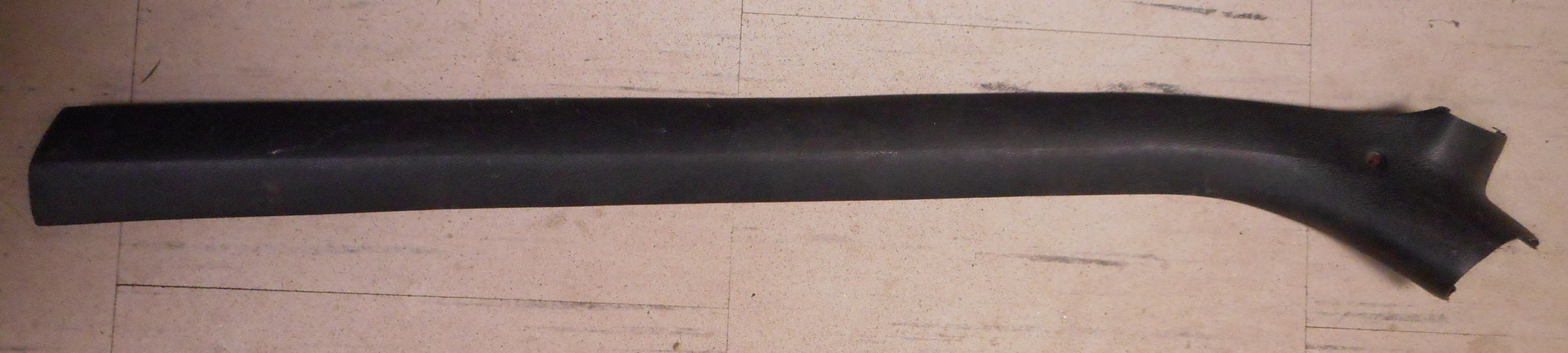 HEADLINER SIDE PLASTIC TRIM ,LEFT,USED 73-77 A-BODY