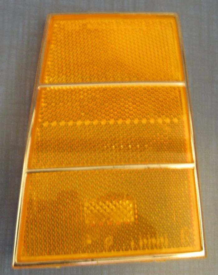 FRONT MARKER LIGHT ,LEFT, USED 79 CAPRICE