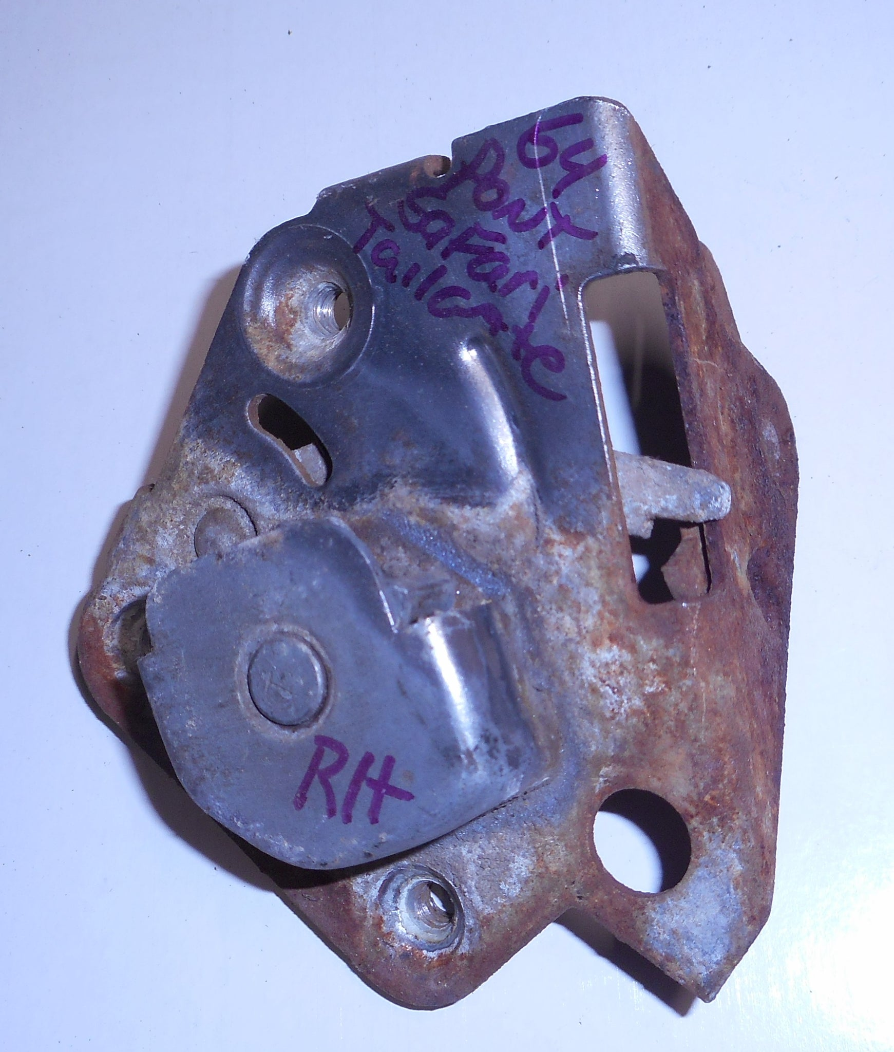 Tailgate Latch  Right Used  62