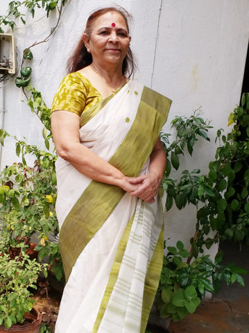 Bengal Handloom Cotton Saree in White and Pickle Green