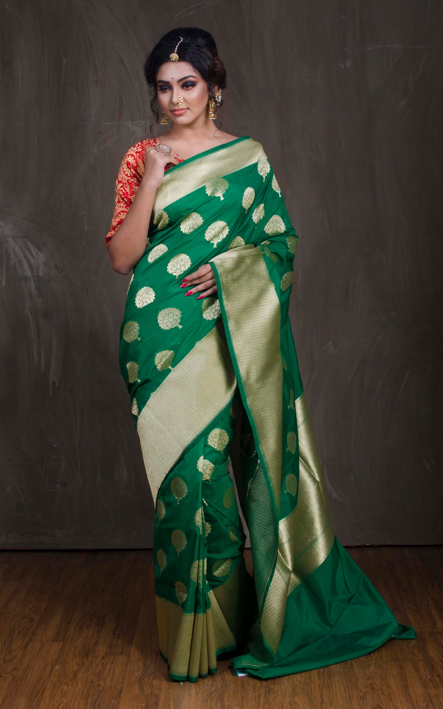Semi Katan Banarasi Saree in Green and Gold from Bengal Looms India