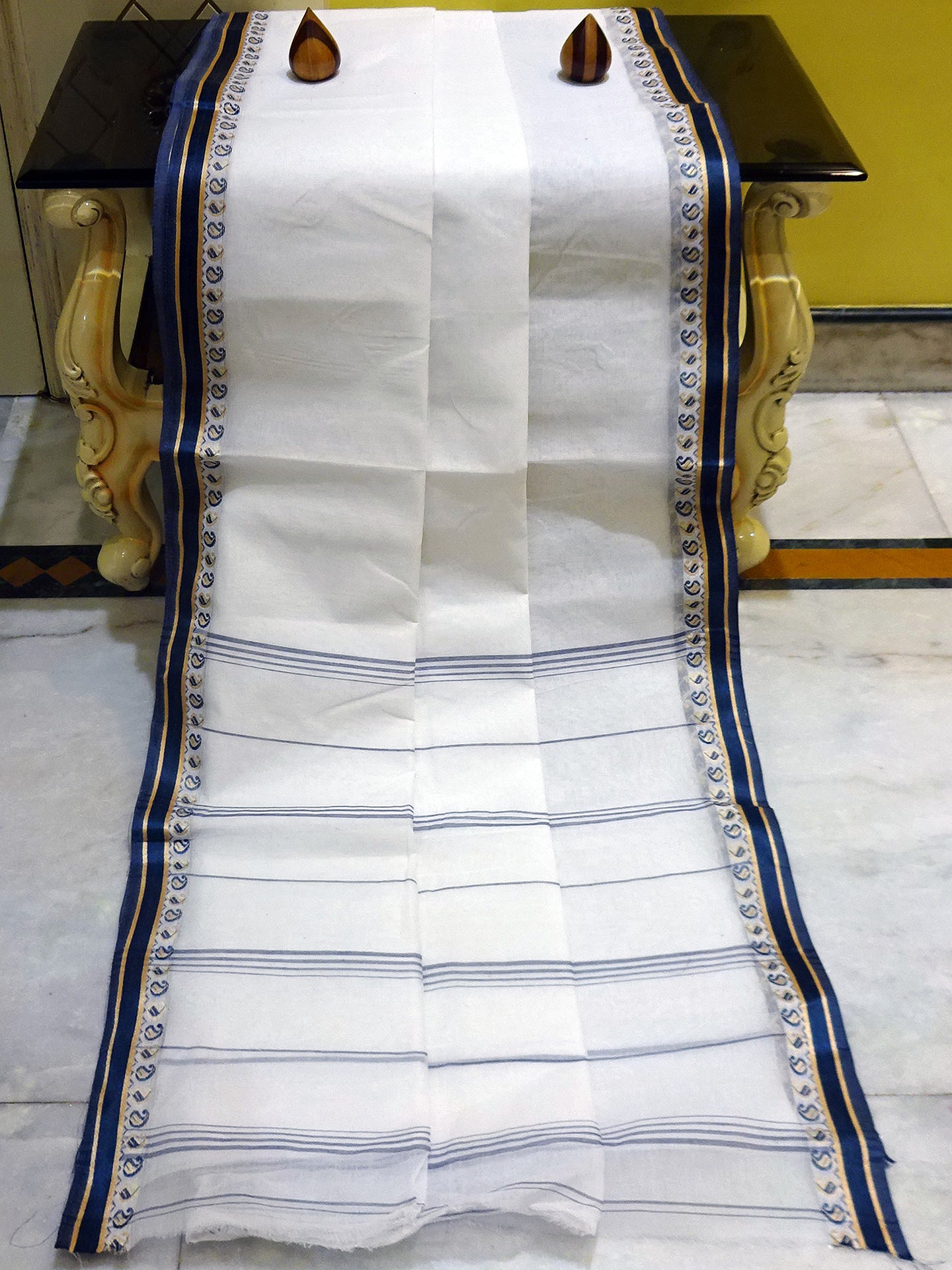 Bengal Handloom Cotton Saree in White and Midnight Blue