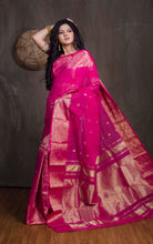 Bengal Handloom Tanchui Work  Patli Pallu Saree in Hot Pink and Gold