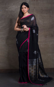 Linen Saree in Fandango Pink And Navy Blue - Bengal Looms India