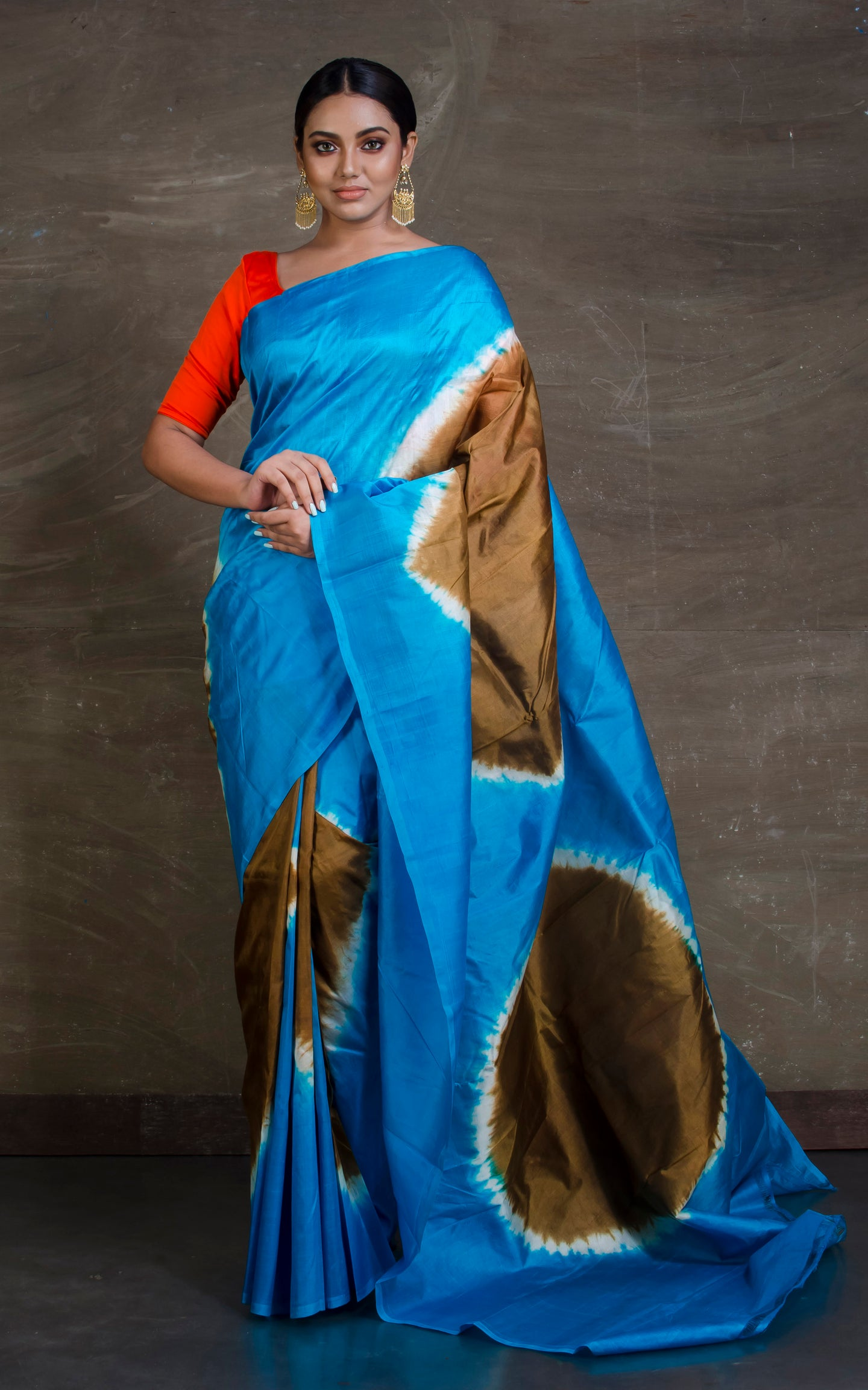 Printed Bishnupuri Pure Silk Saree in Blue, Off White and Snuff Brown