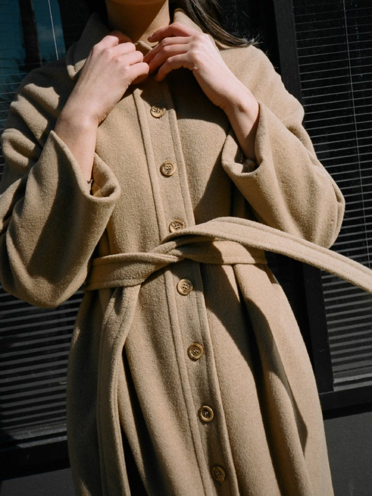 Lightweight Camel Trench