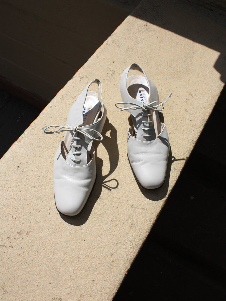 Bone Cutout Oxfords (38.5)