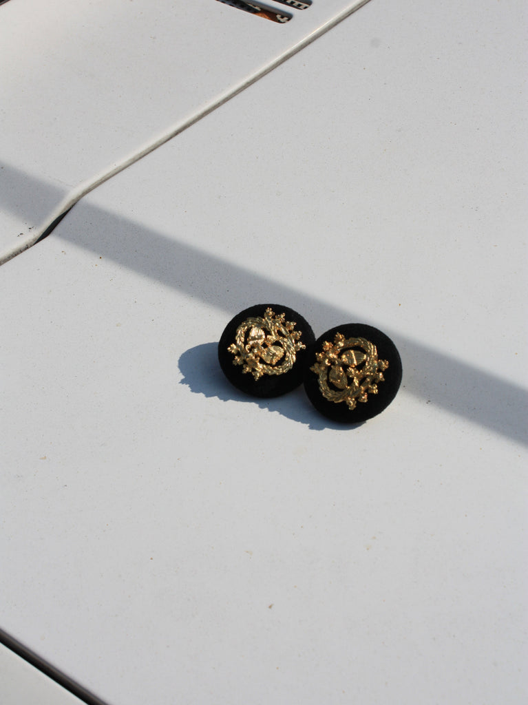Velvet Crest Earrings
