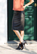Exquisite Faux Leather Pencil Skirt