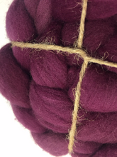 Hand Dyed 100% Australian Merino Wool Roving 4oz: Coliseum Theater
