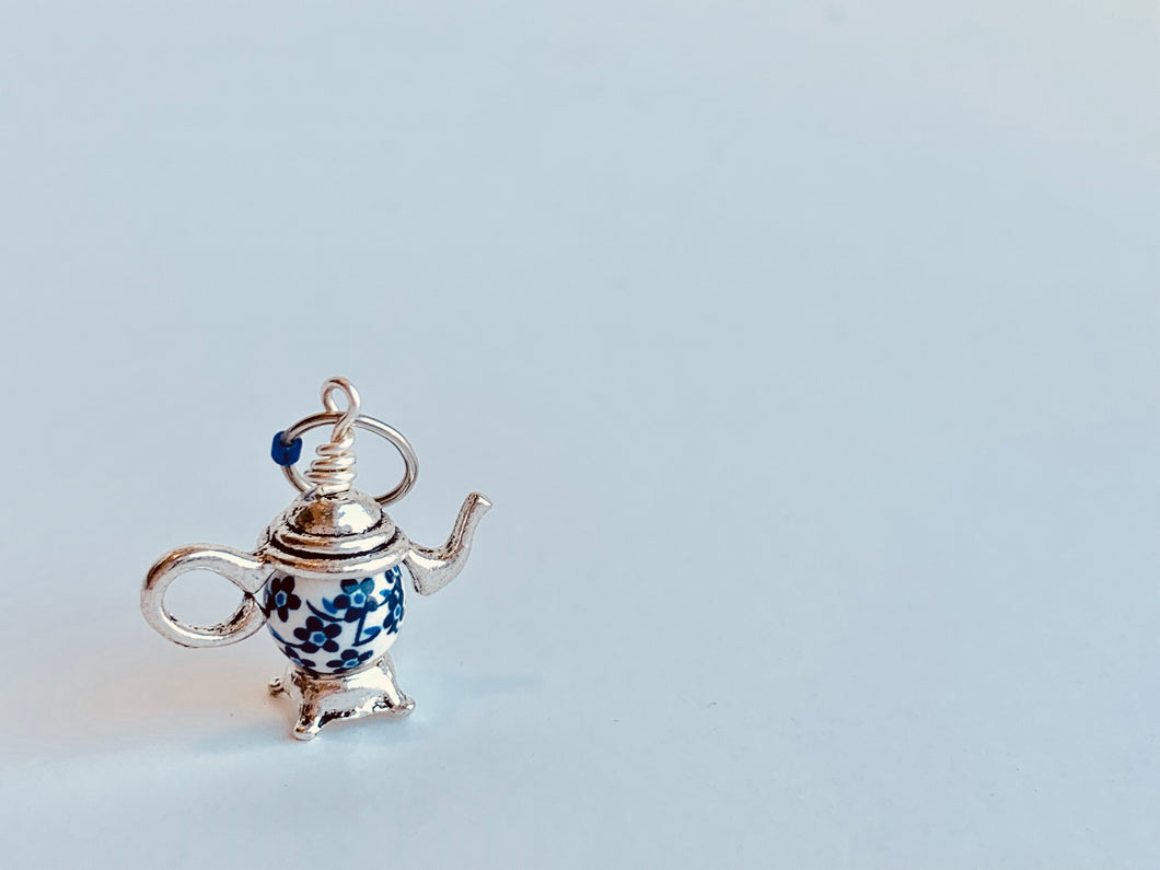 Handmade Single Metal Stitch Marker ~ Little Blue Teapot