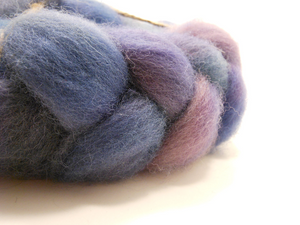Hand Dyed 100% Domestic Wool Roving 4oz: Lillith