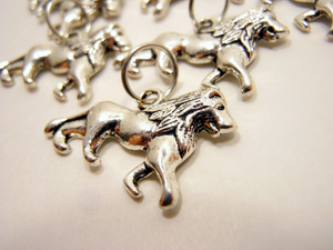 Handmade Silver Metal Stitch Markers ~ Lannister Lions ~ Set of 6 ~ Inspired by Game of Thrones Great Houses