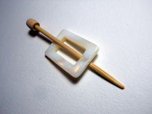 "Mother of Pearl Rectangular Shawl Pin ""Meter"""