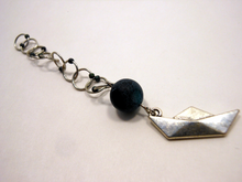 Snagless Beaded Chain Row Counter ~ Paper Boat ~ Silver Paper Boat with Agate and Teal Markers