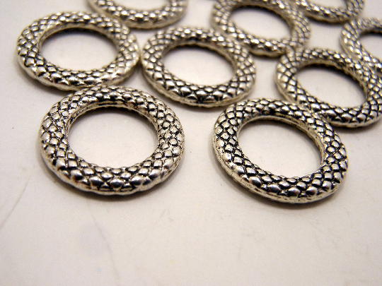 Silver Metal Stitch Markers ~ Ripples ~ Set of 10
