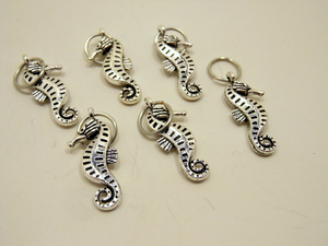 Handmade Silver Metal Stitch Markers ~ Seahorses ~ Set of 6