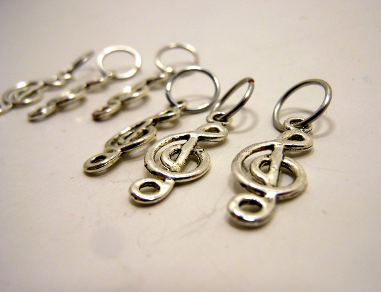 Handmade Silver Metal Stitch Markers ~ Treble Clef ~ Set of 6
