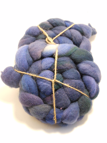 Hand Dyed 100% Domestic Wool Roving 4oz: Twilight