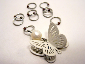 Handmade Snagless Metal Stitch Markers ~ White 3D Butterfly with Pearl ~ Set of 10