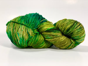 Temporum: Tie Off ~ Superwash Merino, Cashmere, Nylon