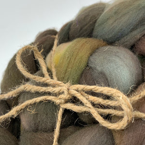 Hand Dyed 100% Australian Merino Wool Roving 4oz: Pine Forest Floor