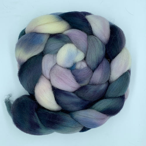 Hand Dyed 100% Domestic Wool Roving 4oz: Reflex