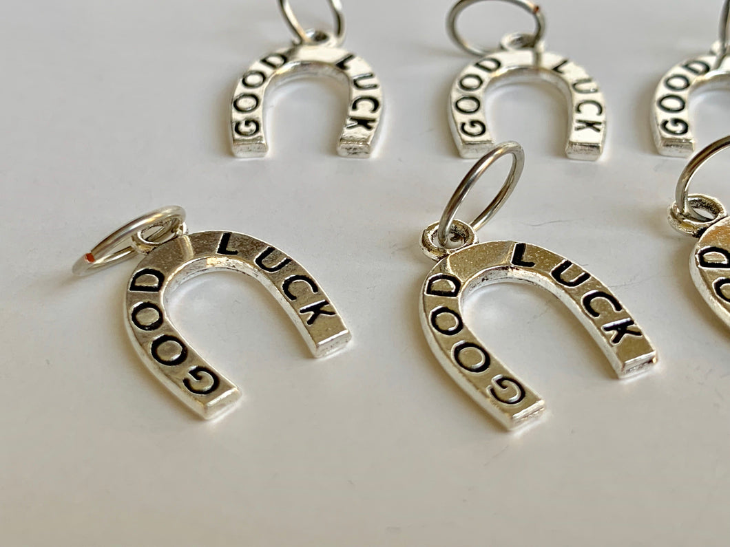 Handmade Silver Metal Stitch Markers ~ Lucky Horseshoe ~ Set of 6