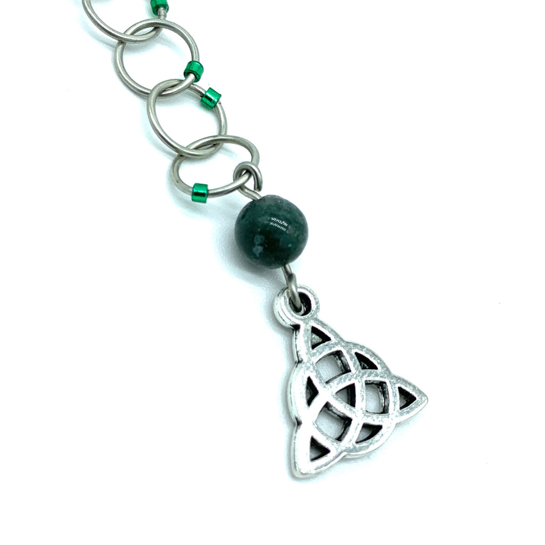 Snagless Beaded Chain Row Counter ~ Celtic Trinity Knot