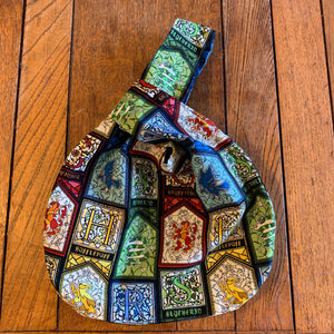 Medium Reversible Dumpling Bag: Harry Potter Houses