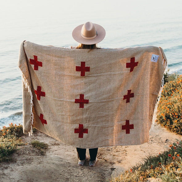 Positive Vibrations Blanket | Trek Light
