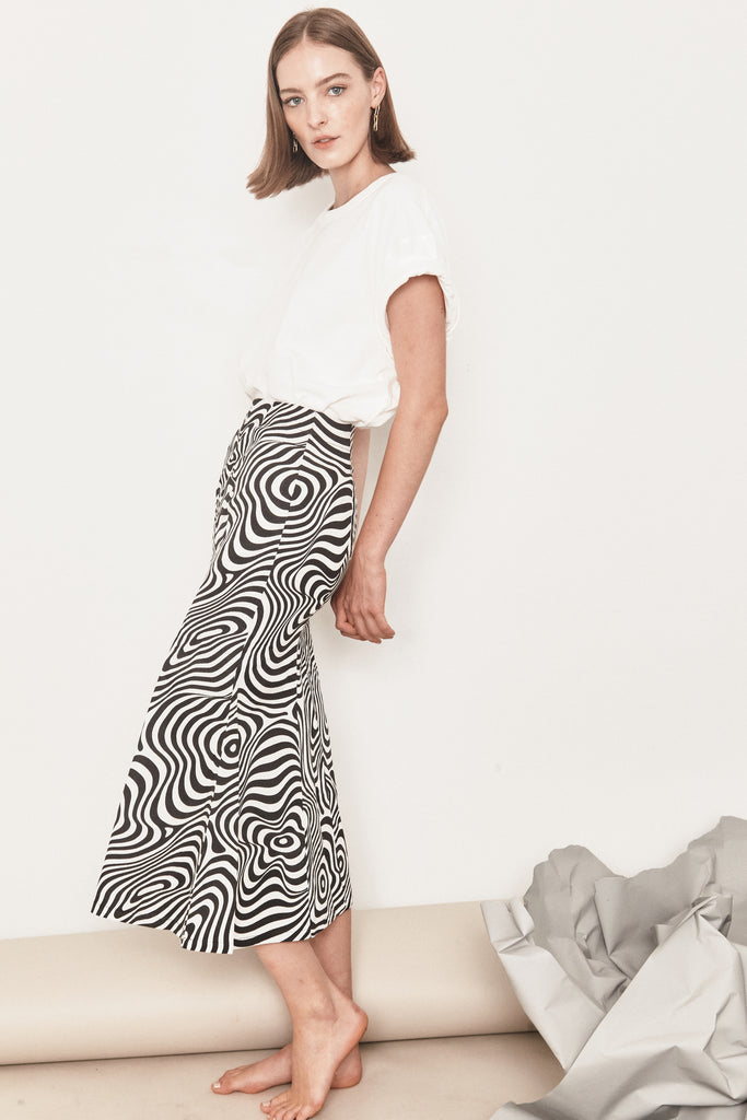 Allure Skirt - Black & White