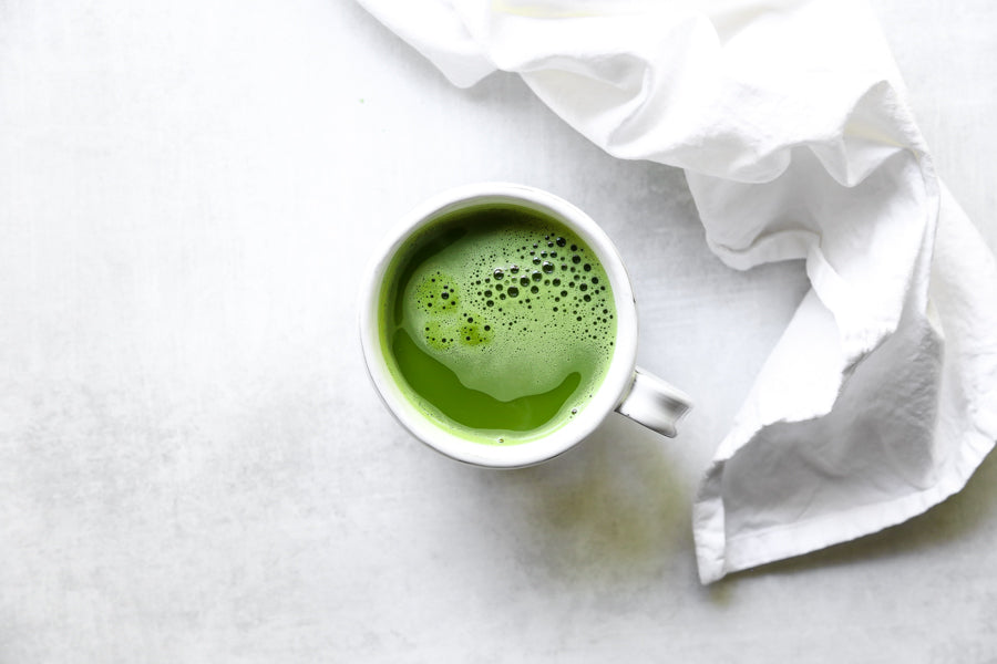 matcha-green-tea-overhead-shot