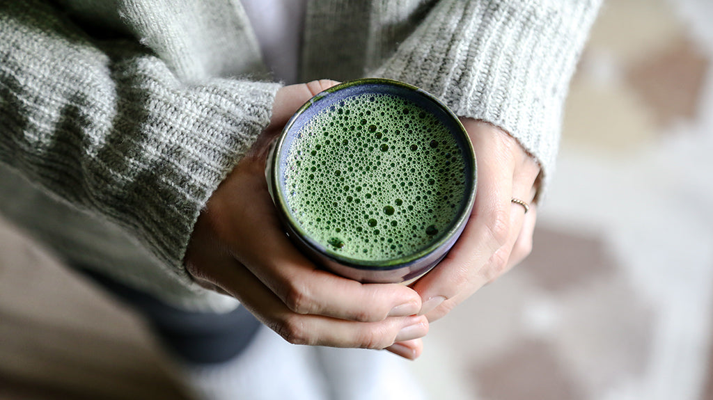 Organic matcha with bubbles