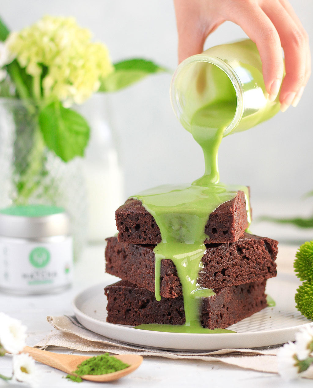 Delicious matcha glaze brownies