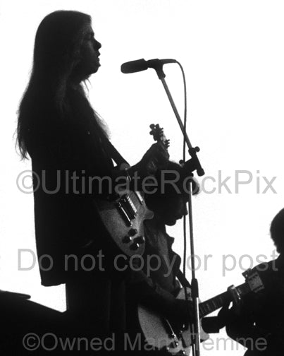 Black and white photo of Gregg Allman of The Allman Brothers in 1974